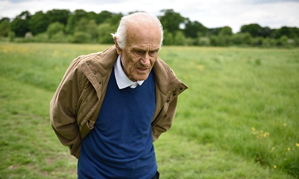 Supporting people with dementia who mobilise excessively around and outside of the home