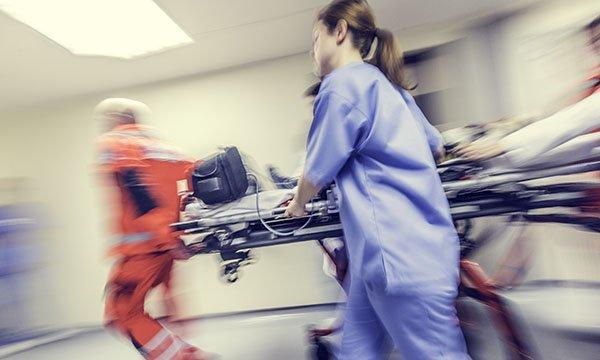 Management of cardiac arrest following blunt trauma: a critical evaluation of resuscitative thoracotomy